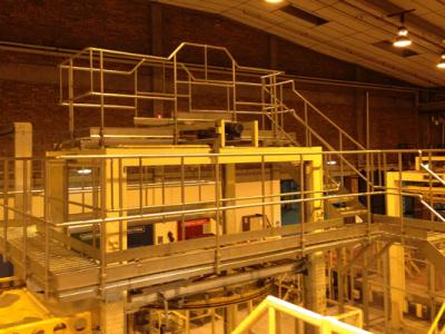 Access Platforms Over a Pallet Wrapper 2